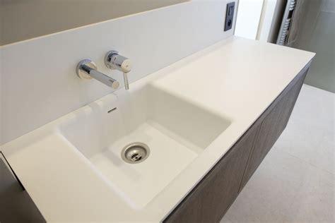 www corian salle de bain en corian 174 224 grimaud menuiserie rafflin