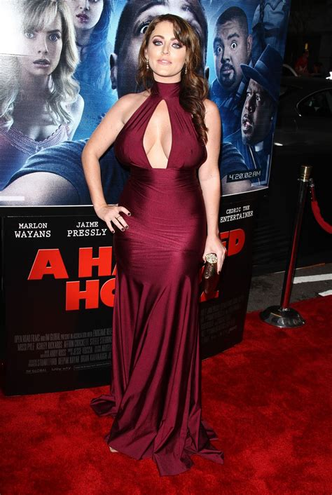 a haunted house 2 kirsty hill at a haunted house 2 premiere in los angeles hawtcelebs hawtcelebs