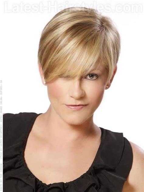 show me current hairs style easy short haircuts for women