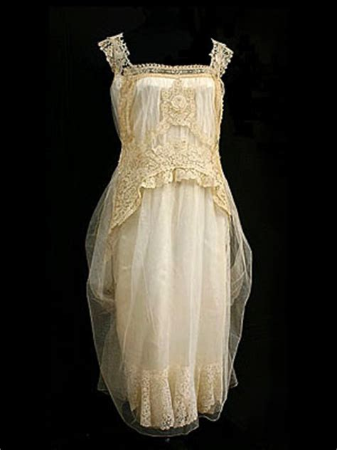 gallery of 1920s vintage clothing at vintage textile