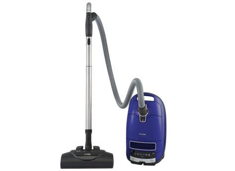 Best Vacuum Cleaner For Hardwood Floors by Best Vacuums For Hardwood Floors Consumer Reports