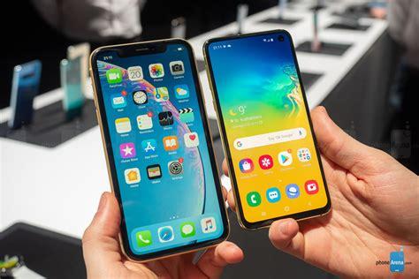 เปร ยบเท ยบ galaxy s10e vs iphone xr ราคา 26 900 บาท ของ samsung จะส นคลอน iphone ราคาถ กของ