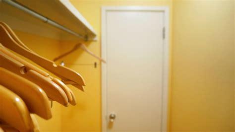 armadio appendiabiti per ingresso appendiabiti e attaccapanni da ingresso su westwing