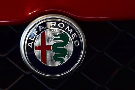 Alfa Romeo Symbol by Alfa Romeo Potrebbe Chiudere Il 2018 Con 170 000 Auto Vendute