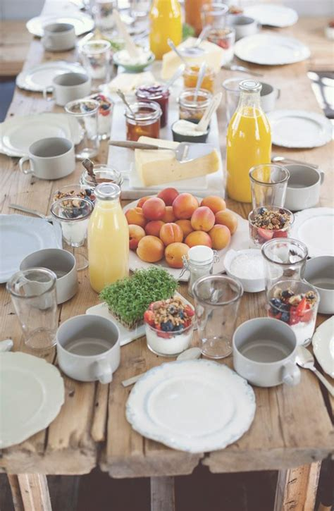breakfast table ideas 25 best ideas about brunch table setting on pinterest