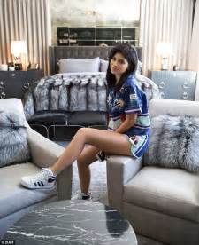 Cape Cod Style Homes Interior by Inside Kylie Jenner S Former Calabasas Mansion As She