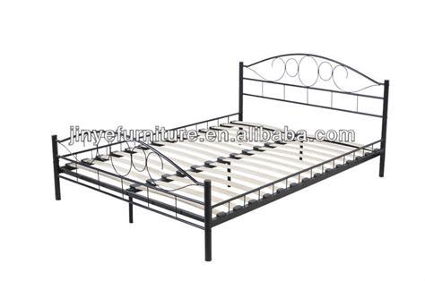 Metal Bed Frame Base Slat Bed Base Mattress Support Frame Metal Bed Base