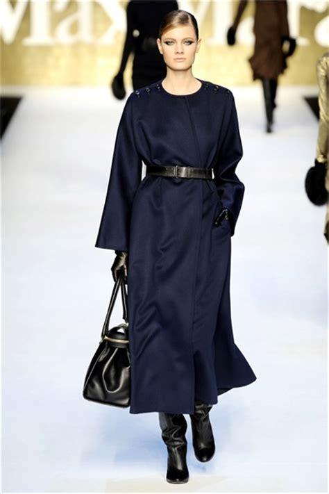 Ready Syari Maxmara Joana Grey max mara fall winter 2010 2011 ready to wear shows vogue it