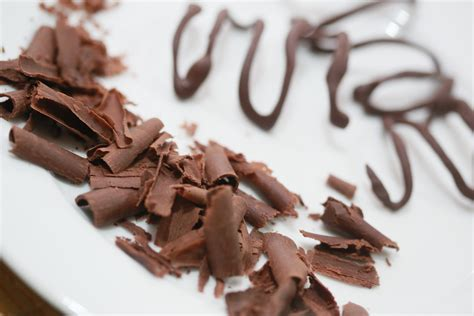 3 ways to make chocolate curls wikihow