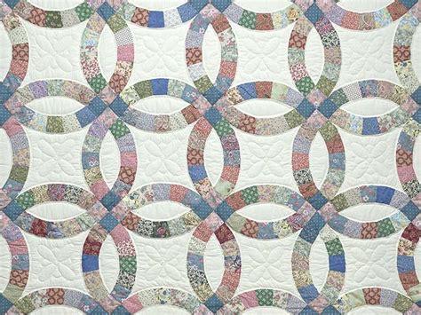 86 amish wedding ring quilt amish wedding ring quilt