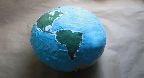 How To Make A Paper Mache Globe - 40 paper mache balloon diys guide patterns