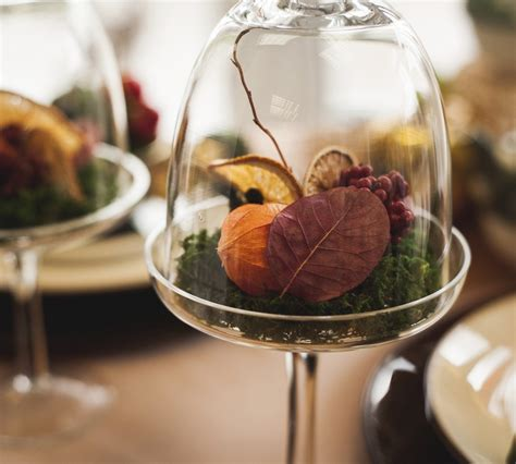 how to decorate a small table for thanksgiving 7 ways to decorate your thanksgiving table with nature