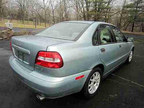 buy   volvo  base sedan  door    hope pennsylvania united states