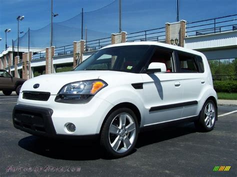 White Kia Soul For Sale 2010 Kia Soul Sport In Clear White 054105 Autos Of