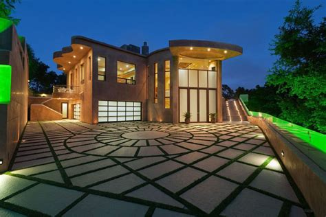 The Crib House by Rihanna S New 12 Million Pacific Palisades Mansion