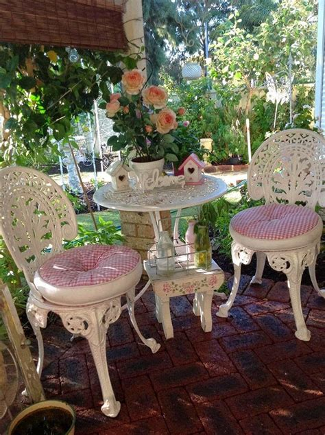 olivia s romantic home kim s shabby chic pink palace home