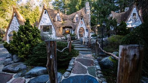 Snow White Cottage by Photos We Toured Snow White S Cottage In Wa That S