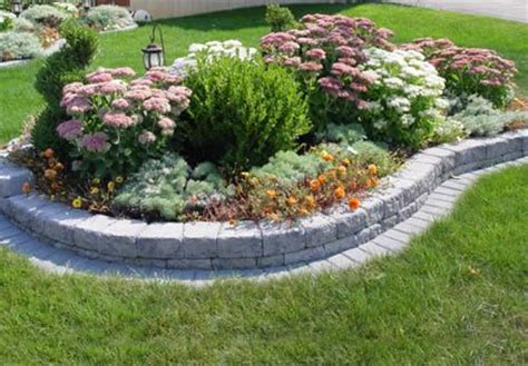 Landscaping Blocks Ideas To Quot Edge Quot Or Not To Quot Edge Quot That Is The Question Cj Ranch Outdoor Ideas