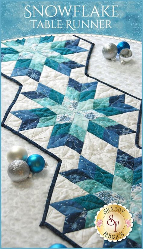 snowflake quilt pattern table runner best 25 dining table runners ideas on dining