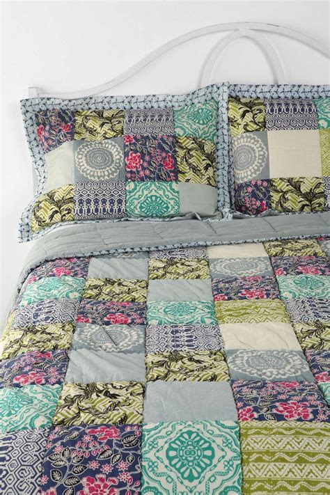 Diy Patchwork Quilt - magical thinking bali patchwork quilt to diy sewing