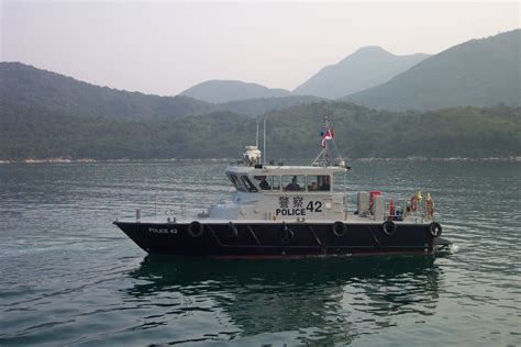 pictures of police boats file hong kong police boat 42 jpg wikimedia commons