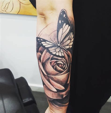 butterfly rose tattoo butterfly tattoos pictures to pin on