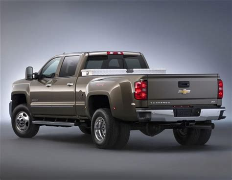 2015 Chevrolet Silverado 2500 HD/3500 HD pickups revealed