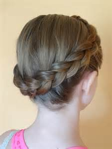 crown hair wikopedia file dutch crown braid jpg