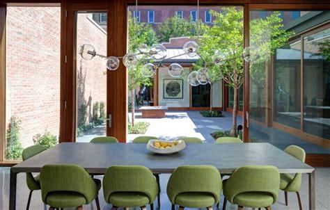 Meja Makan Warna Hijau Desain Ruang Makan Dengan Aksen Warna Hijau Rancangan Desain Rumah Minimalis