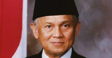 biodata bj habibie dalam bahasa indonesia profil biodata dan biografi bj habibie lengkap info akurat