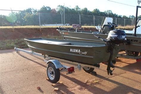 cabelas dundee used boats used alumacraft boats for sale boats