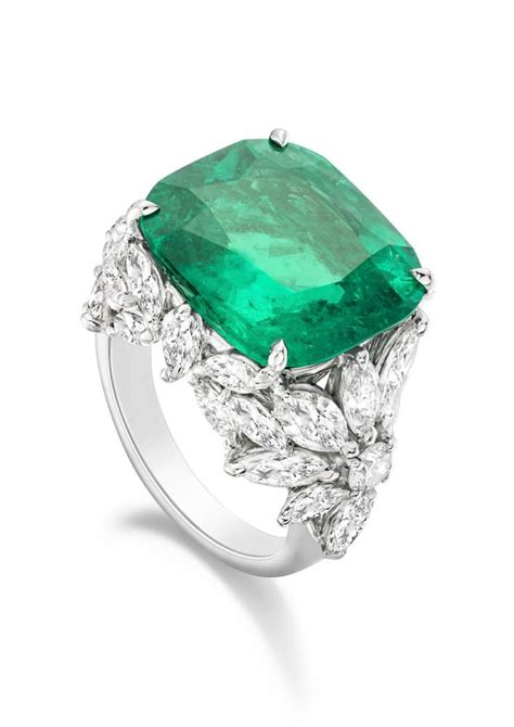 Emerald Ring by 17 Best Ideas About Emerald Rings 2017 On