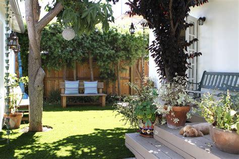 terrasse oder balkon kunstrasen auf balkon oder terrasse urbaner garten