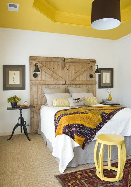 Barn Door Headboard Diy by Diy Barn Door Headboard