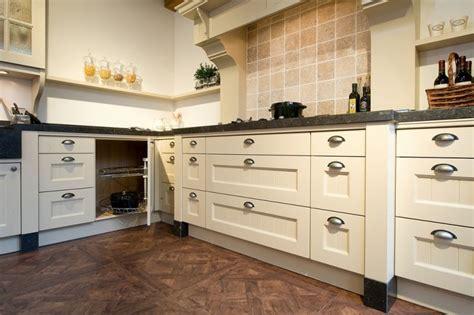 ikea keukens fornuis ikea keuken ontwerp fornuis met achterwand keukens
