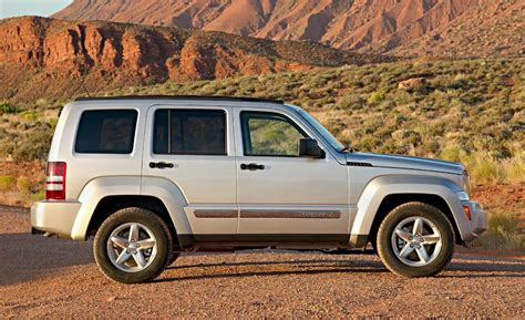 jeep liberty limited 2017 jeep liberty limited interior price release date