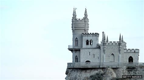 unique feature castles in the air bbc learning english 今日短语 to build castles in the air