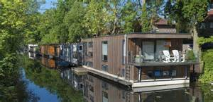 10 Tiny Houses For hausboote immonet informiert 252 ber wohnen auf dem wasser