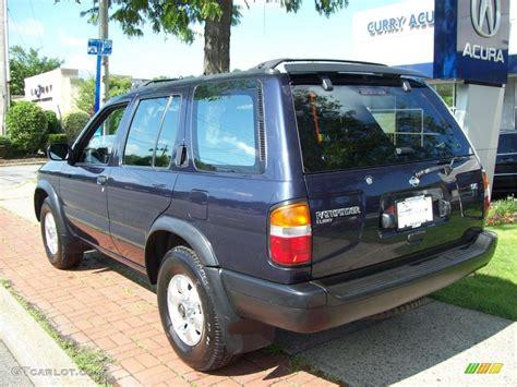 1998 beige metallic nissan pathfinder 1998 blue pearl metallic nissan pathfinder se 4x4