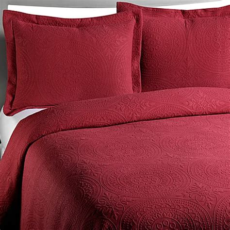 cotton matelasse coverlet vue royal medallion matelasse burgundy coverlet 100