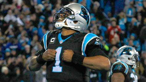 panthers clinch home field advantage beat bucs 38 10