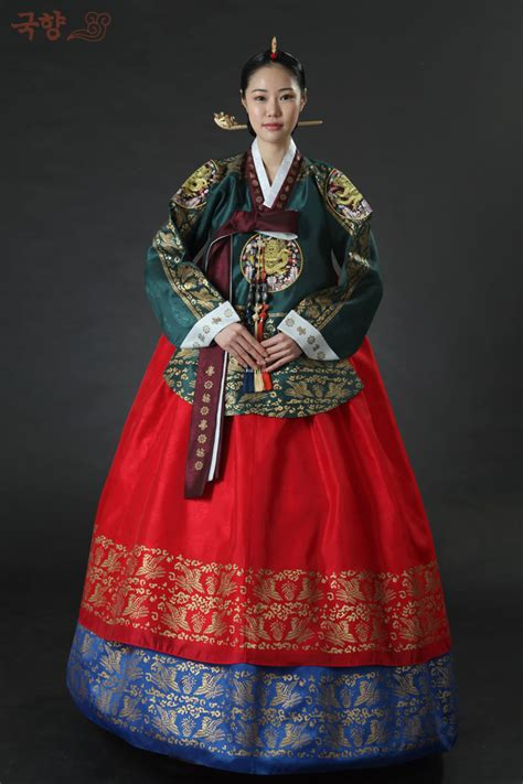 pattern korean dress palace hanbok only girls living in the palace and from