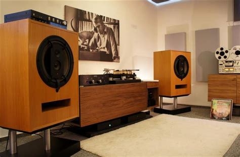 the listening room the listening room vintage vintage the o jays and the