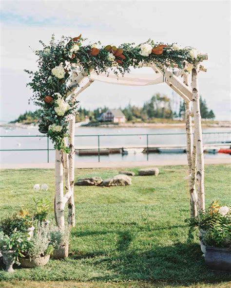 Wedding Arch Location by 59 Wedding Arches That Will Instantly Upgrade Your