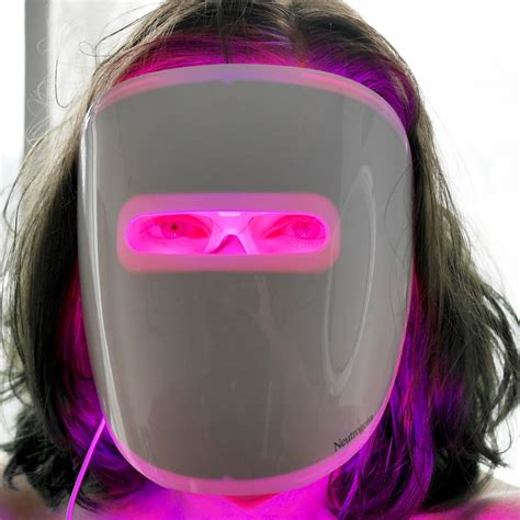 blue light acne mask neutrogena light therapy acne mask review swatch and review