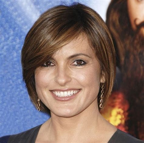 best hairstyle for middle aged roundish face fine hair short hairstyles for older woman with fine thin hair
