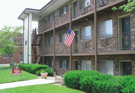 lowes in maplewood mo sutton elm apartments maplewood mo apartment finder