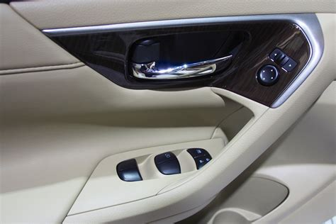 nissan teana interior 2014 nissan teana showcased as the nissan altima at the