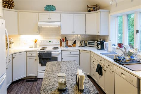 Average Cost To Replace Kitchen Cabinets And Countertops Average Cost To Reface Kitchen Cabinets 100 Kitchen Resurface Cabinets Kitchen Refacing Kitchen