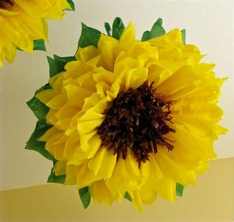 How To Make Sunflower Paper Flowers - 25 best ideas about paper sunflowers on